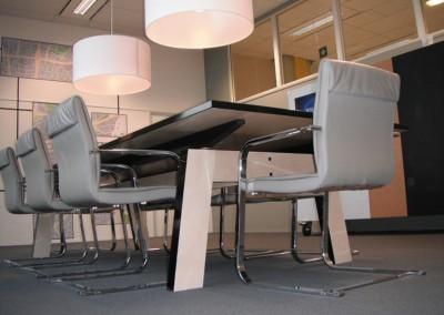 Atelier-S-detail-boardroom-tafel