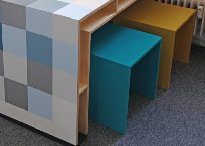 7 detail pixel tafel en krukjes