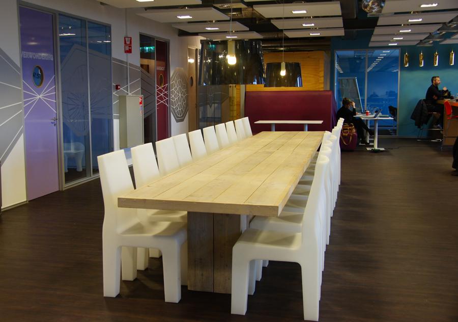 seats2meet-open-ruimte-tafel