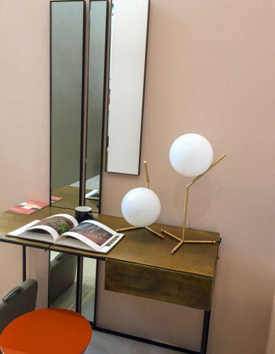 VT-Wonen-en-Design-beurs-18-Stijlvolwonen-huis-art-deco-lampjes-en-spiegels-gespot-by-INinterieurs